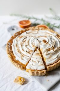 a pie with a piece cut off, how to win government contracts successfully